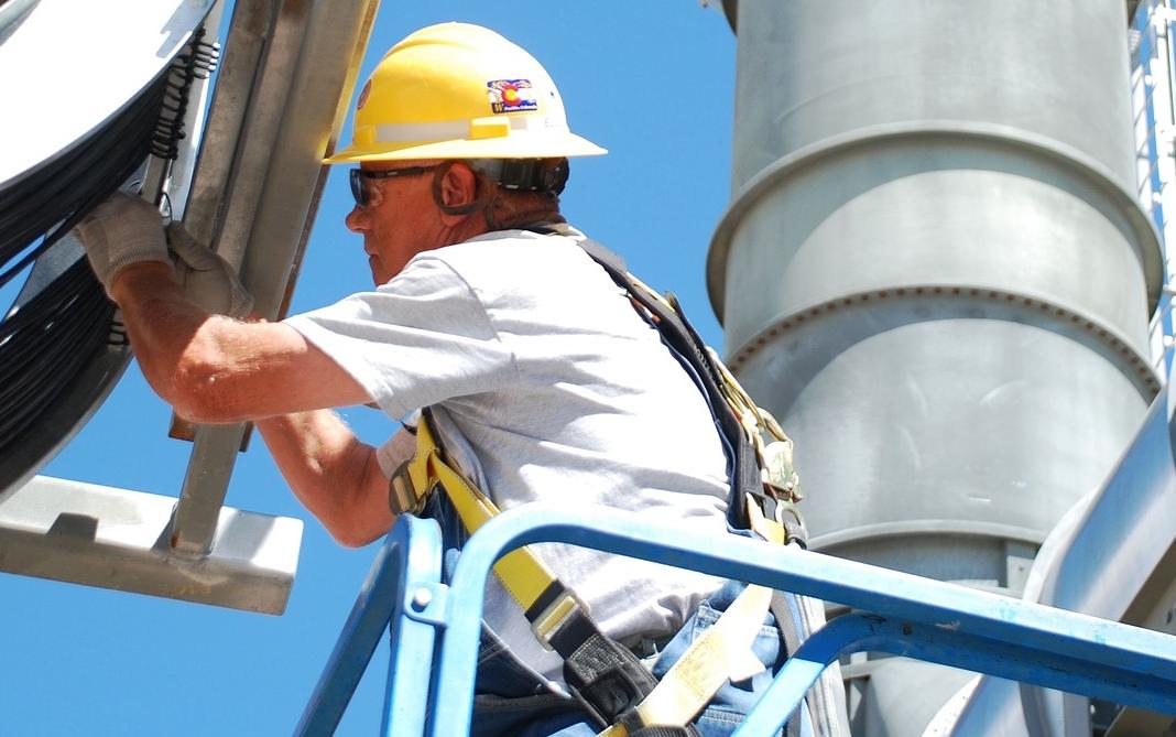 Bild zum Blogbeitrag Arbeitssicherheit bei Höhenarbeiten l Blog ASS